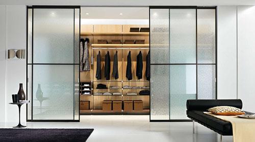 стеклянные перегородки для гардеробной