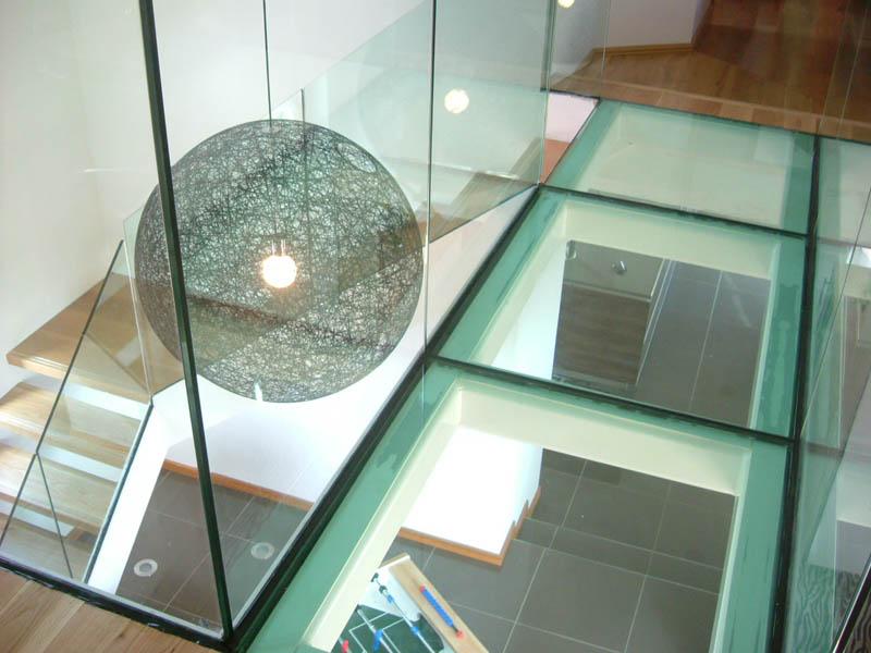 цена стеклянный пол