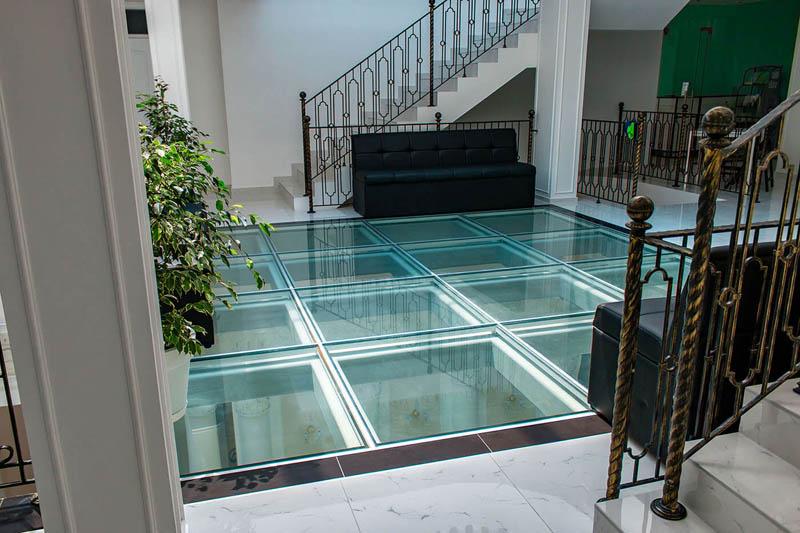 цена стеклянный пол из стекла